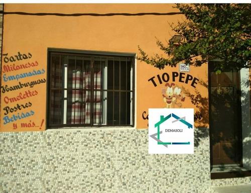 Local Comercial / Casa Ubicada En Calle 18 De Julio