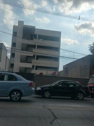 Imagen 1 de 2 de Edificio 31 Poniente, Frente A Estomatología