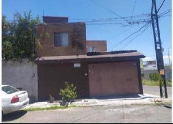 Casa Sola En Venta En Valle Diamante, Corregidora, Querétaro