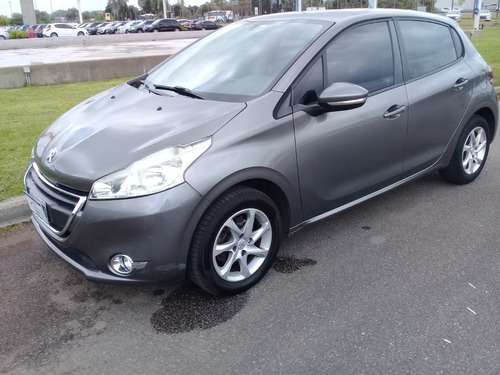 Peugeot 208 Allure 1.5 Touch Screen 2014 Car One Jf
