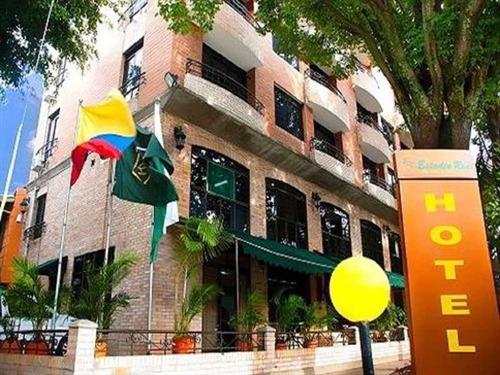 Hotel Medellin Sector Estadio. Se Vende