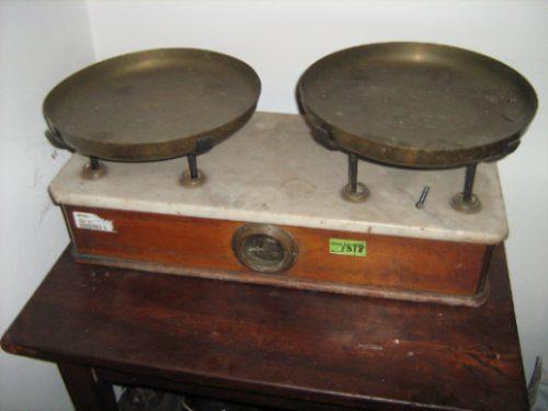 Balanza De Dos Platos Antigua Para Coleccion Pulperia