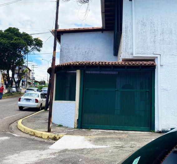 En Alquiler Casa Ferrero Tamayo