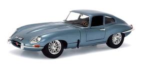 Miniatura Jaguar E-type Coupe Bburago Azul Prateado 1/18