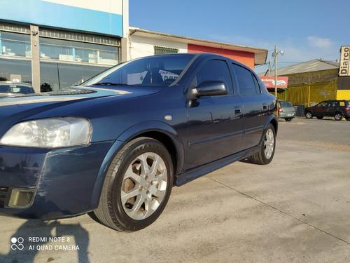 Imagen 1 de 10 de Chevrolet Astra Gls