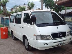 Camioneta Ssangyong Istana 2001 Minibus 12 Asientos