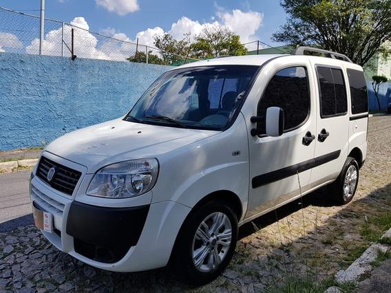 Fiat Doblo Essence 1.8 Flex 16v 5p 2013