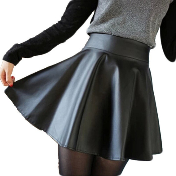 Mini Falda Corta Negra Rotonda Cuero Sintético Rock