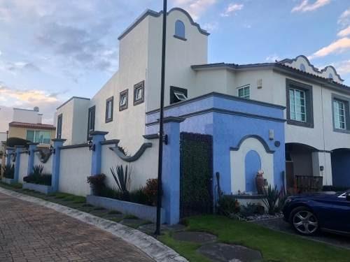 Casa En Venta En Rancho Las Palomas