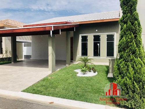 Casa À Venda No Bairro Centro - Tremembé/sp - 816