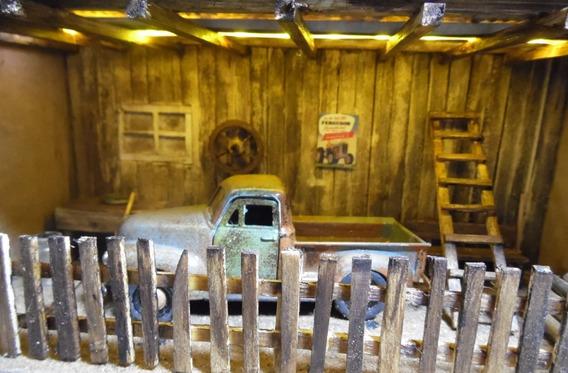 Diorama Chevrolet 3100 Pickup 1:36