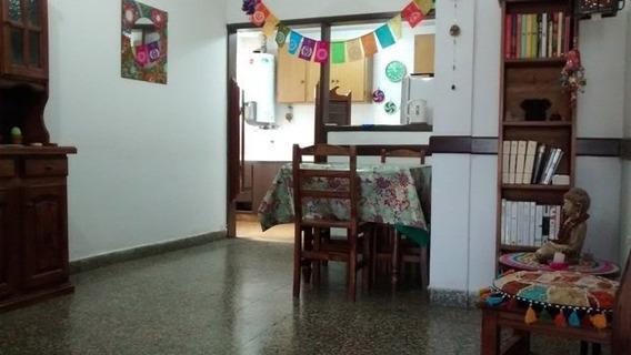Amplio Ph De 4 Ambientes Sin Expensas En Pleno Centro De La Ciudad