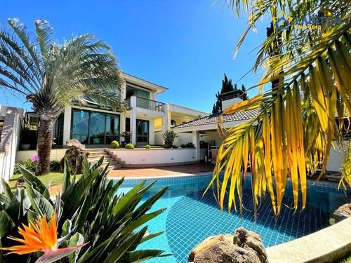 Imagem 1 de 30 de Maravilhosa Casa À Venda Com 380 M², 4 Dormitórios, Sendo 3 Suítes Na Região Da Alameda Lucas De Atibaia. - Ca2383