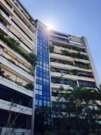 Apartamento En Alquiler Mls# 20-4429