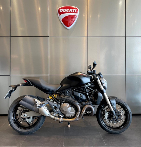 Ducati Monster 821 Dark - 2016 - Impecable