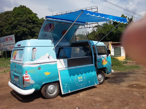 Food Truck Em Kombi (montagem Sem O Veículo)