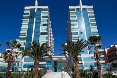 Luxuoso Apartamento Frente Mar Em Meia Praia Itapema Sc - 1003