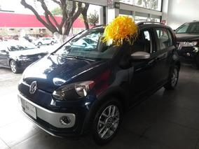 Volkswagen Up! 1.0 Cross Up! Mt 2017 Somos Agencia