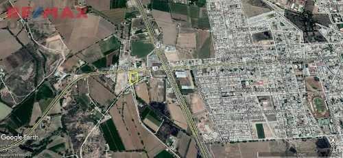 Bodega Con Terreno Para Maniobra En Venta, Al Norte De Aguascalientes