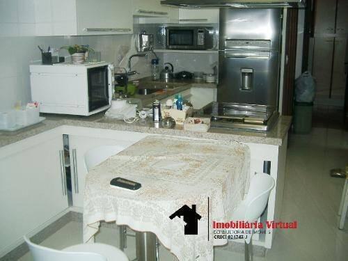 Imagem 1 de 7 de Casa Com 3 Suites - 230