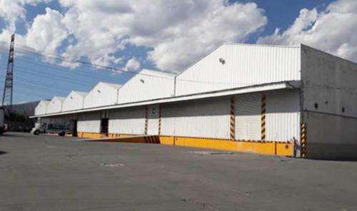 Imagen 1 de 9 de Renta De Nave Industrial En Barrio De Texcacoa