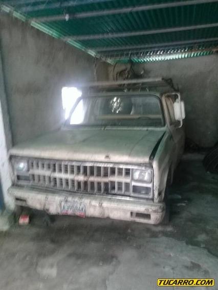Chevrolet C-10 Pick-up / Carga