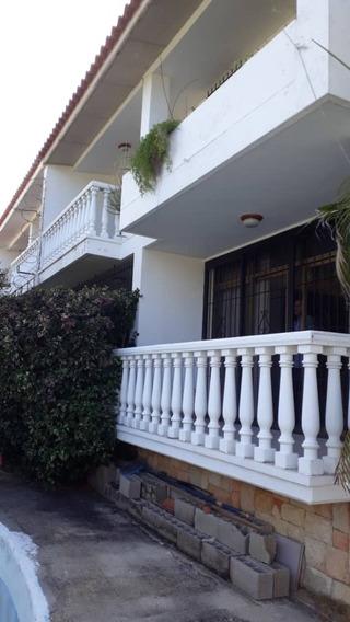 Ref# 081 Casa En Alquiler Para Uso Comercial 2 Niveles