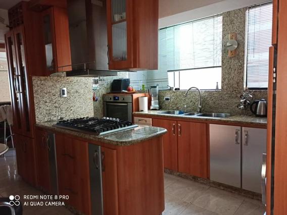 Hermoso Apartamento En Res. Pomarrosa Frutas Condominio!!