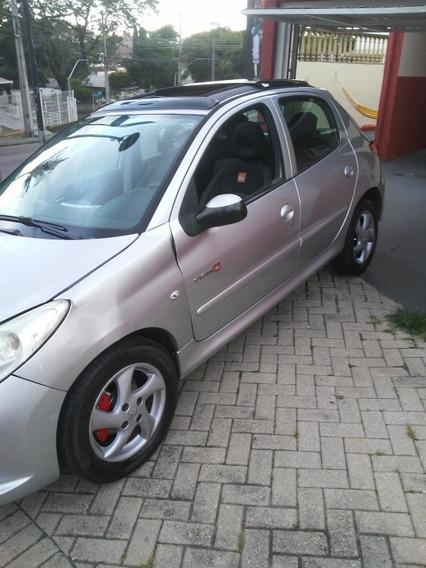 Peugeot 207 1.4 Quiksilver Flex 5p 2011