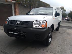 Nissan Estacas Np 300