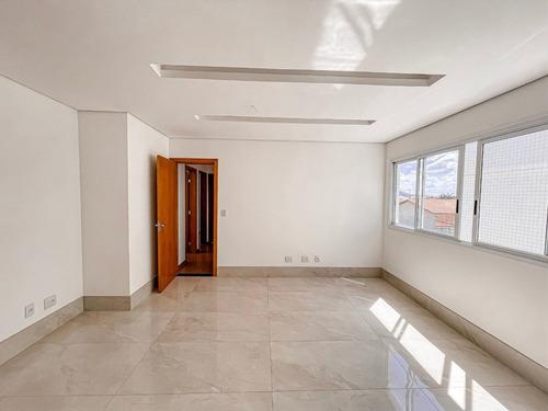 Imagem 1 de 30 de Cobertura 4 Quartos, Sendo 2 Suítes, 4 Vagas Cobertas, Bairro Planalto. - Mg - Ap1027_de
