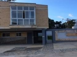 Town House En Guataparo.wc