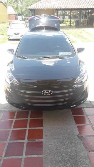 Hyundai Elantra Versión Gt Motor 2.0