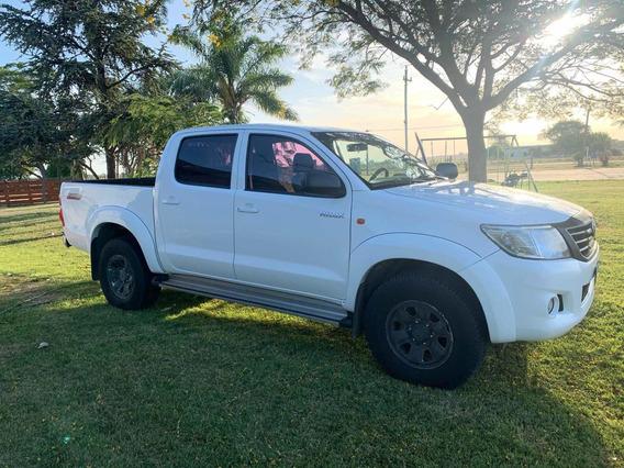 Toyota Hilux 2.5 Sr Diésel