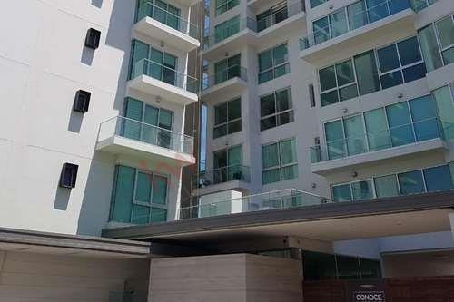 Departamento En Renta Con Excelente Ubicación, En Horizonte Luxury Condos.