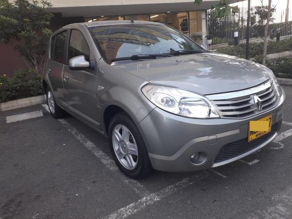 Renault Sandero Dynamique 2011