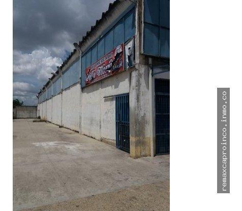 Galpón En Zona Industrial La Guacamaya