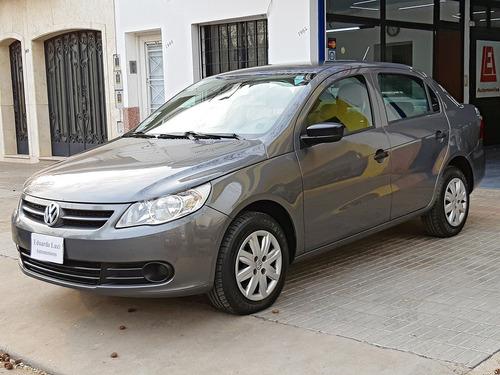 Imagen 1 de 15 de Volkswagen Voyage Comfortline 2011 Excelente