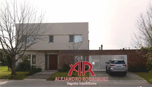 Casa En La Concepción