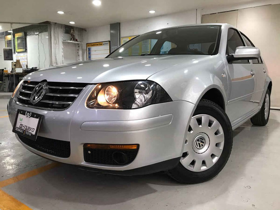 Volkswagen Jetta 2015 4p Cl L4/2.0 Aut Abs