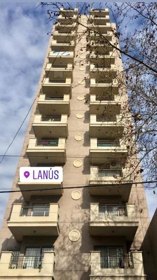 Departamento Semipiso En Alquiler Ubicado En Lanús Oeste, Lanús