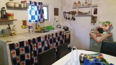 Se Vende Casa De 3 Dormitorios En Cercanias Ruta 8 Km 21.700