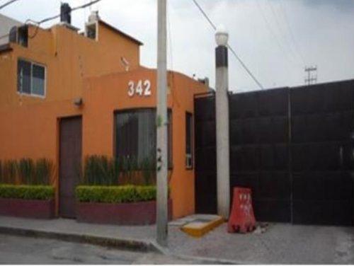 Casa En Colonia Lomas Estrella 2da Seccion