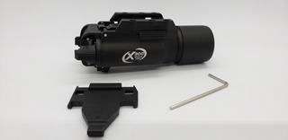 Lanterna Tática X300 500 Lúmes 20mm Airsoft Policial