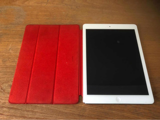 iPad Air Wi-fi 16 Gb Plateada Con Funda Original