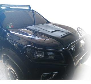 Toma De Aire Cofre Nissan Np300 2016-20 En Fibra De Vidrio