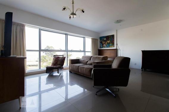 Apartamento No 3º Andar Mobiliado Com 1 Dormitório E 1 Garagem - Id: 892968921 - 268921