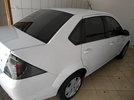 Ford Fiesta Sedan 1.6 Rocam Se Flex 4p 2014