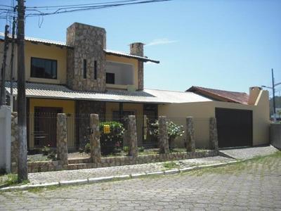 Casa Averbada Com 3 Dormitórios (sendo 1 Suíte) À Venda, Ressacada/dom Bosco, Itajaí. - Ca0212