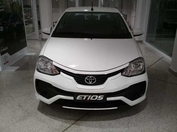 Toyota Etios X Sedan 4 Ptas, Valor A Cuota Pura
